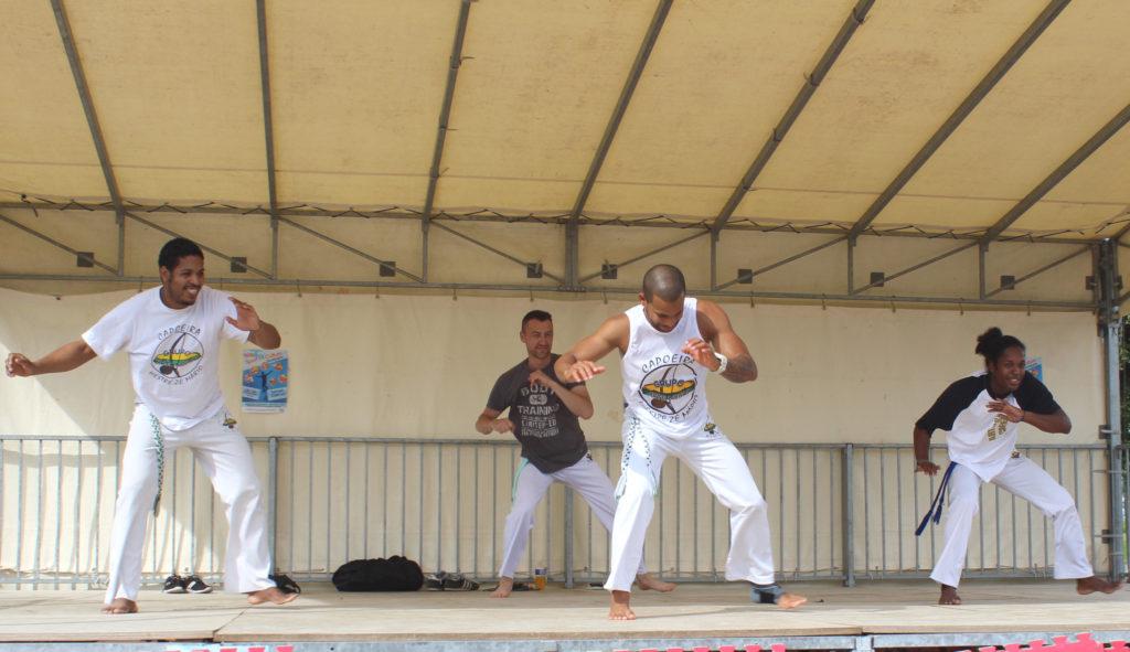 Démonstration à Escalquens de capoeira